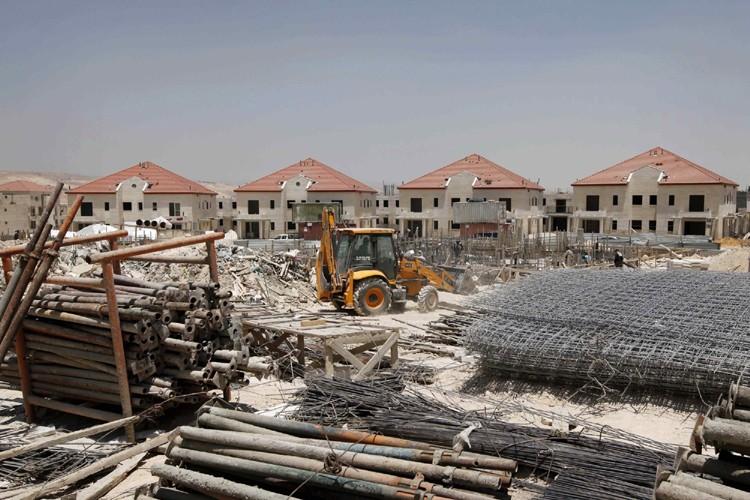 Une colonie en construction près de Jérusalem.... (Photo: AP)