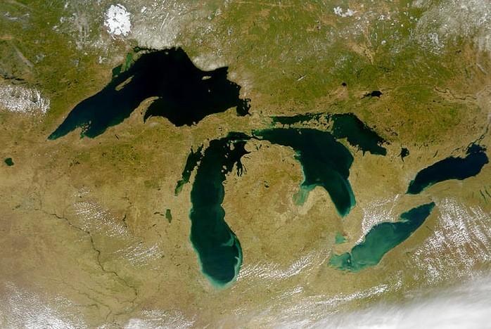 Image satellite des Grands Lacs...