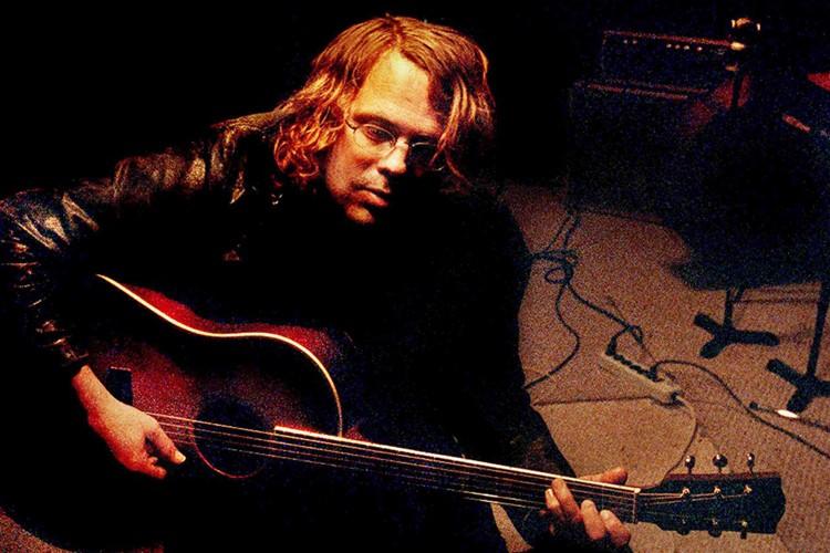 L'ancien guitariste du groupe Wilco, Jay Bennett... (Photo: AP)