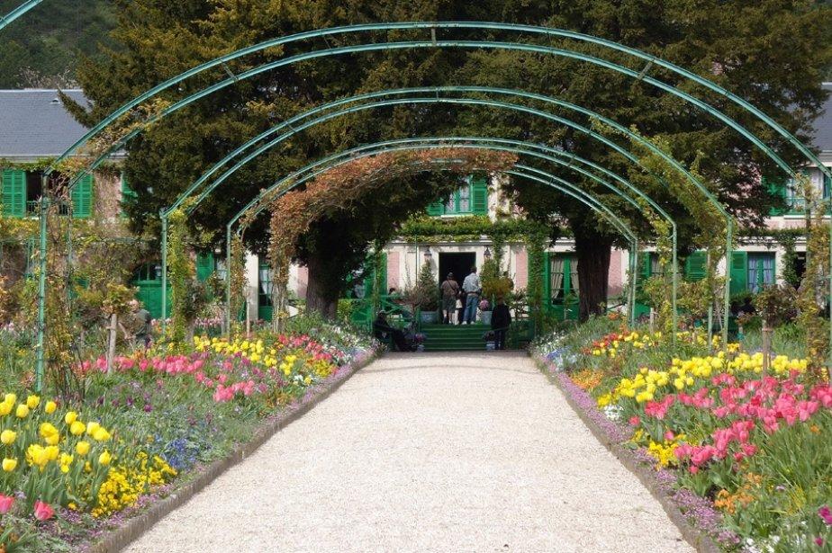 Giverny cyberpresse for Entretien jardin 29