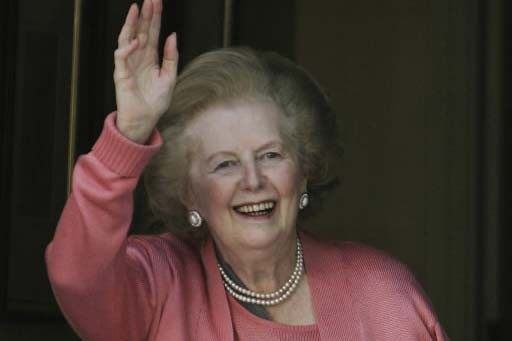 La «Dame de Fer», Margaret Thatcher, salue la... (Photo AP)