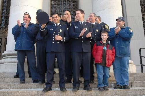 Les pompiers blancs (et hispanique) de New Haven... (Photo AP)