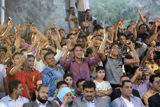 Des Irakiens profitent d'un concert au centre de... (Photo AFP)