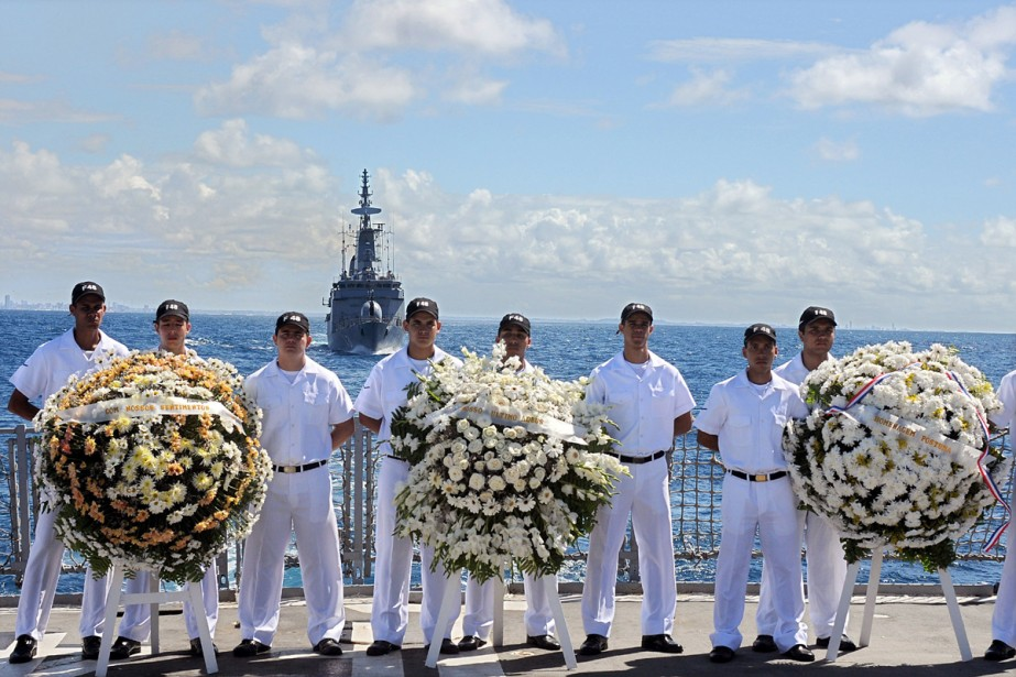Les militaires ayant participé pendant 26 jours aux... (Photo: AFP)