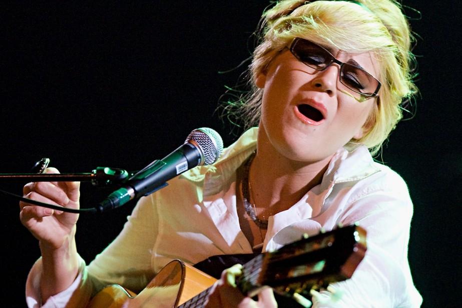 Melody Gardot chante dans la pénombre, mais... (Photo: Ivanoh Demers, La Presse)