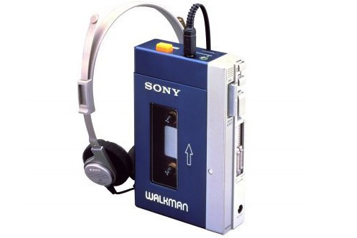 Le premier walkman de Sony... (Photo: AFP)
