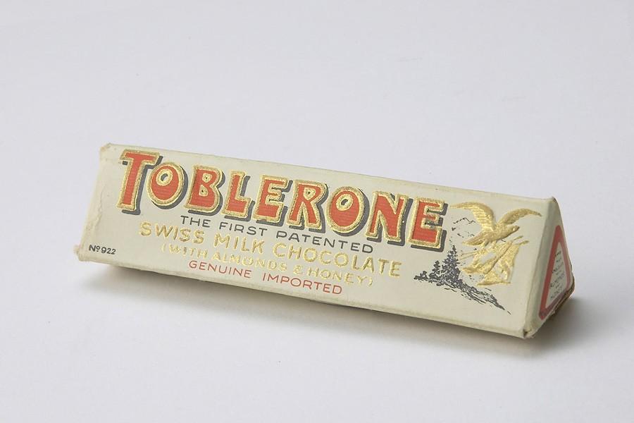 Le premier emballage de Toblerone en 1908...