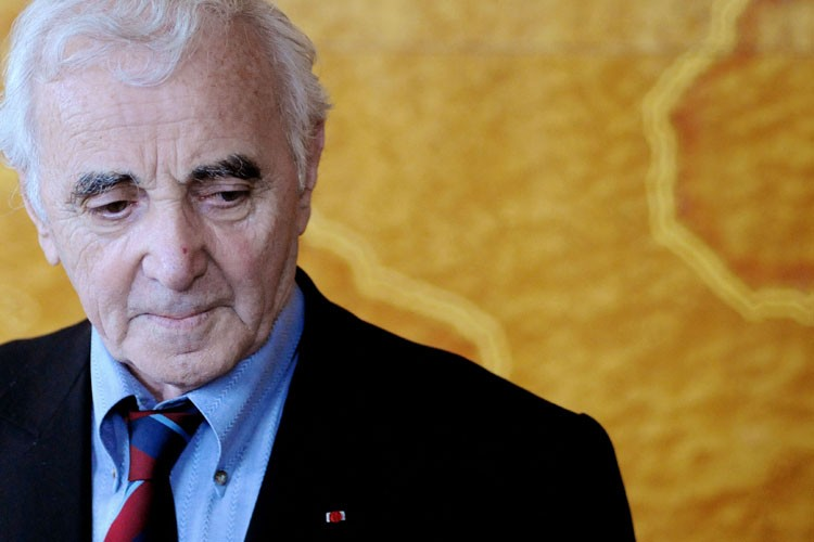 Charles Aznavour... (Photo: AFP)