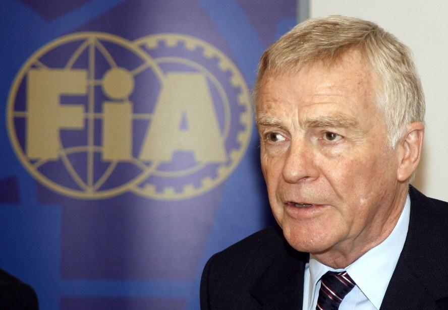 Max Mosley, le président de la FIA, aurait... (Photo AFP)