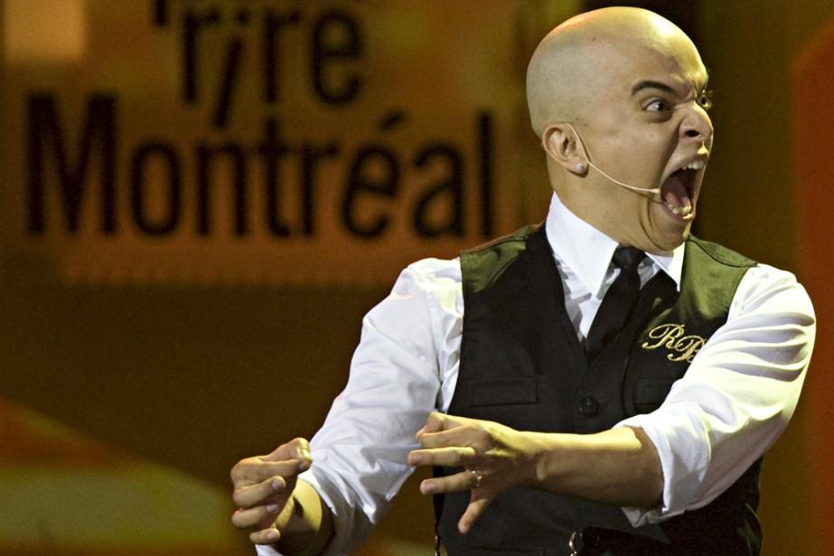 À son gala hier, Rachid Badouri a jonglé... (Photo: François Roy, La Presse)
