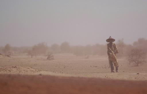Le désert, entre Tombouctou et Essakane au Mali.... (Photo: Archives La Presse)
