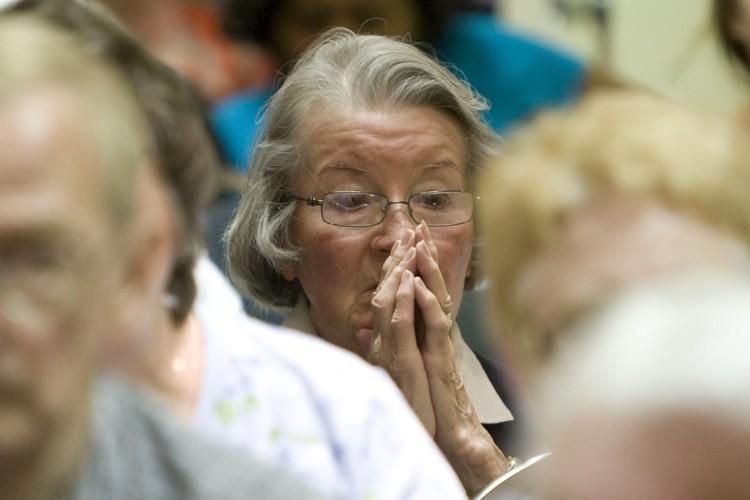 Une dame qui a confié son argent au... (Photo: Robert Skinner, La Presse)