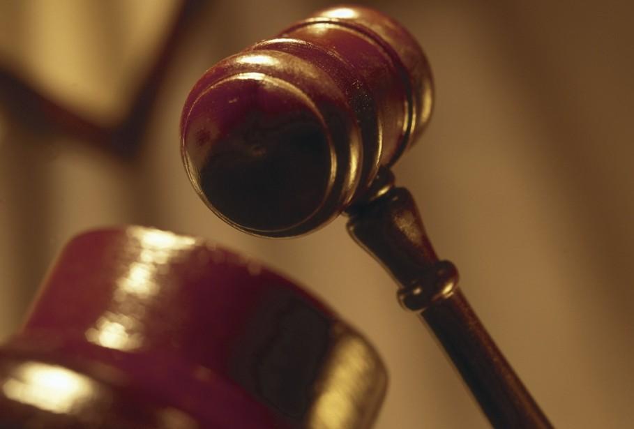 Benoît Jean, greffier adjoint de la Cour municipale de Terrebonne, est accusé...