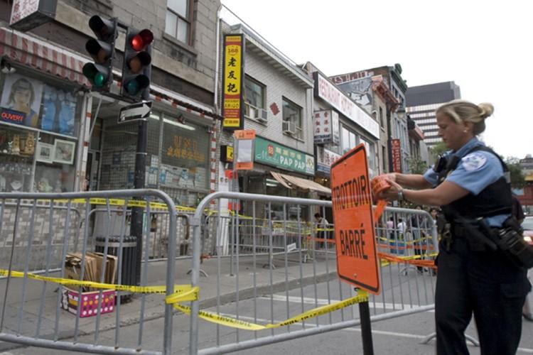 Un périmètre de sécurité a été érigé sur... (Photo: Alain Roberge)