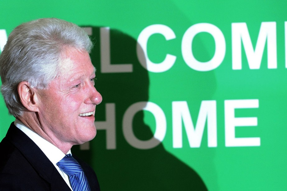 Bill Clinton a attendu d'avoir l'assurance que son... (Photo AFP)