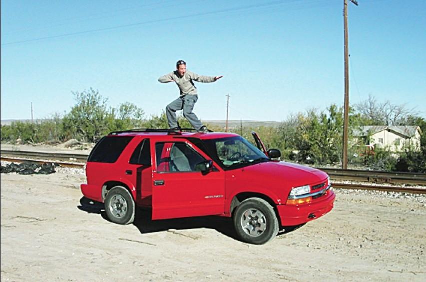 Le «car surfing» a fait une nouvelle victime dans la... (Photothèque Le Soleil)