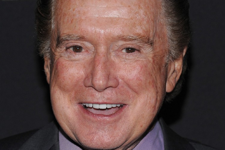 L'animateur Regis Philbin... (Photo: AP)