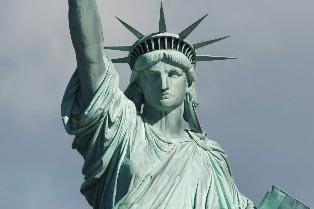 La statue de la liberté à New York... (Photo: AFP)