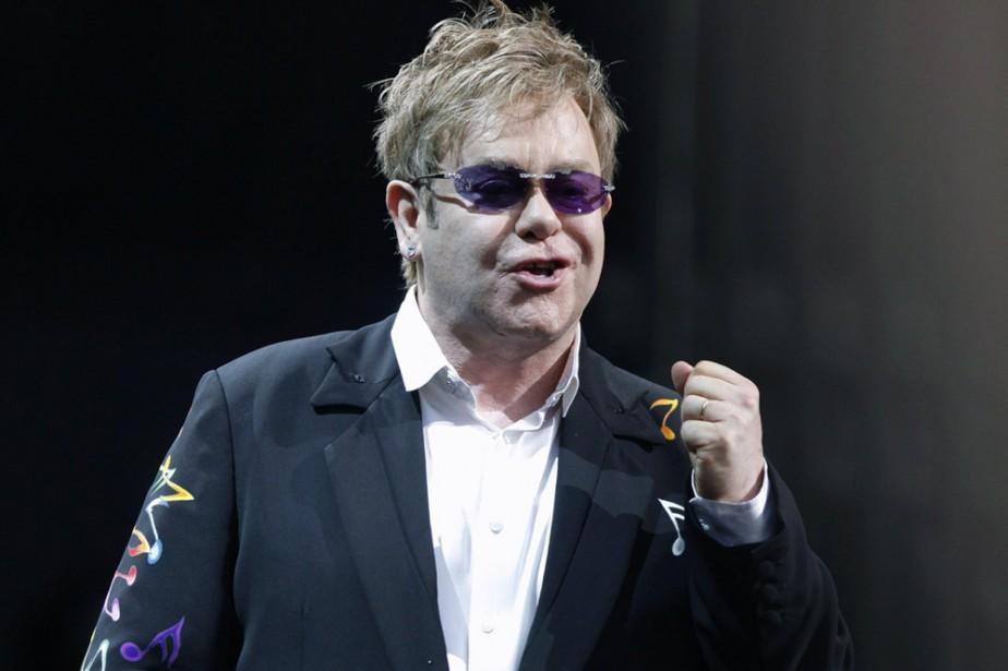 Elton John... (Photo: AP)