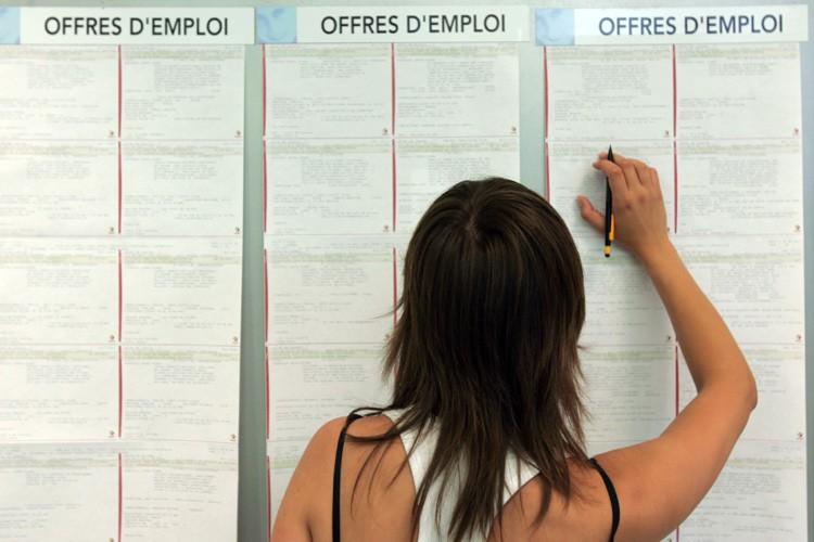 Le secteur privé a encore détruit 298.000 emplois aux... (Photo: Bloomberg News)