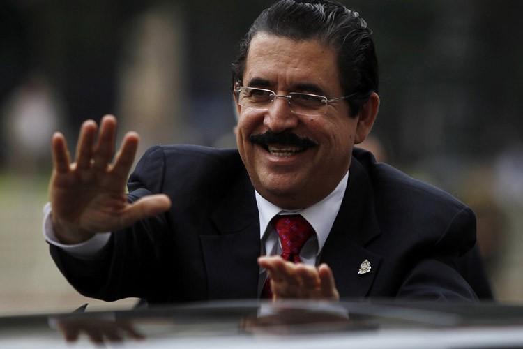 Le président évincé du Honduras, Manuel Zelaya.... (Photo: AP)
