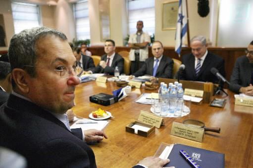 Le ministre israélien de la Défense Ehud Barak... (Photo AFP)