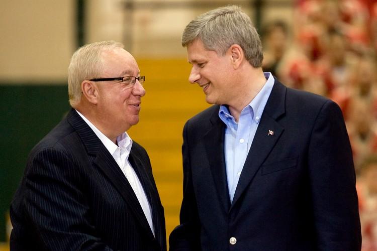 Jacques Demers et Stephen Harper... (La Presse Canadienne)