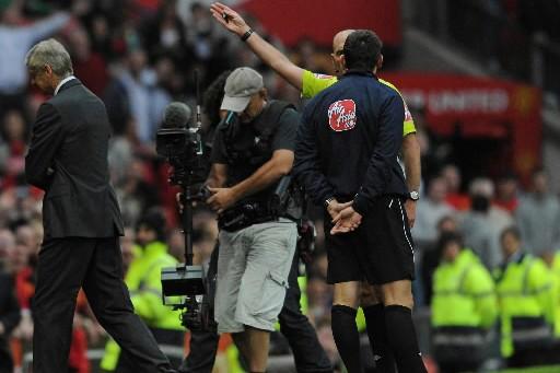 Arsène Wenger s'est fait expulser du match par... (Photo AFP)