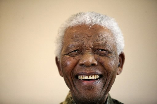Nelson Mandela... (Photo Reuters)