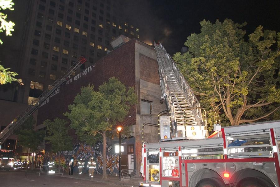 Un incendie suspect s'est déclenché tôt ce matin... (Photo: jprancourt @dn5, collaboration spéciale)