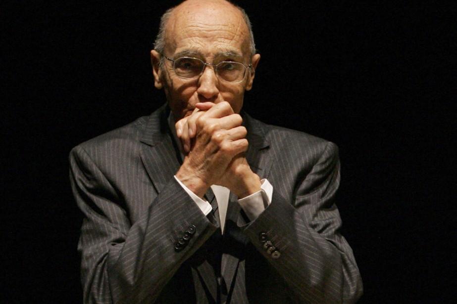 José Saramago... (Photo: AFP)