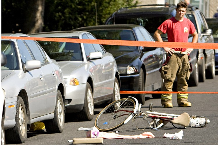 L'accident est survenu à l'angle de la 9e... (Photo: François Roy, La Presse)