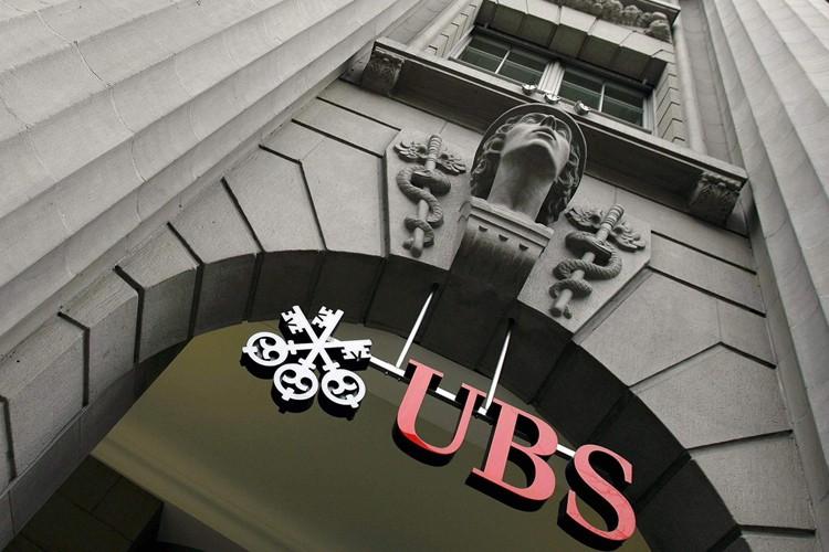 La banque suisse UBS a annoncé que deux de ses administrateurs de... (Photo: AP)
