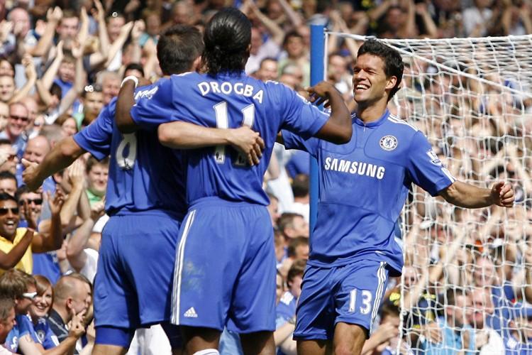 Le club anglais de Chelsea a été interdit de recrutement par la... (Photo: AFP)