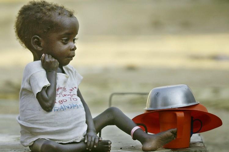 Du Burundi à la Tanzanie, des habitants par... (Photo: AP)