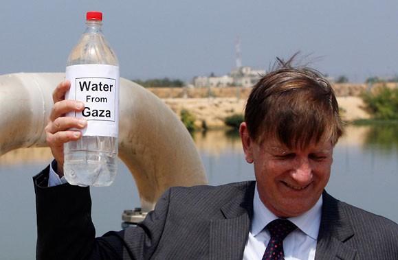 Actuellement, quelque 10 000 personnes dans Gaza n'ont... (Photo AFP)