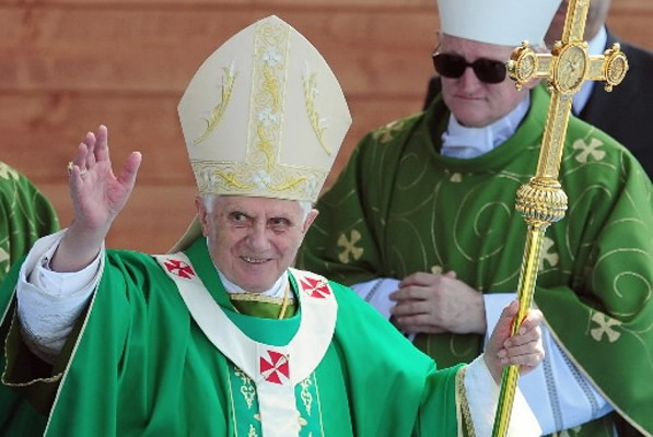 Le pape Benoît XVI a rappelé «la tragédie de l'Holocauste»,... (Photo: AFP)