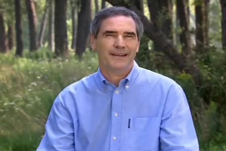 Michael Ignatieff dans une publicité télévisée du Parti... (Photo: PC)