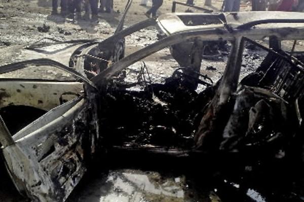 Plus de vingt personnes ont péri lundi et une cinquantaine ont été... (Photo: AP)