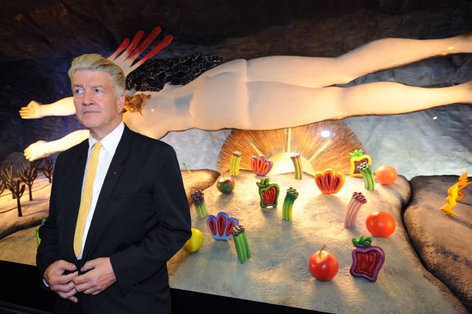 David Lynch devant ses oeuvres.... (Photo: AFP)