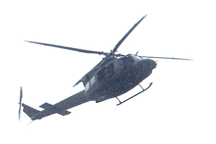 Des hélicoptères des Forces canadiennes ont survolé le... (Photo: La Presse)