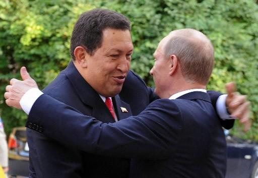 Le président du Venezuela a rencontré Vladimir Poutine... (Photo AFP)