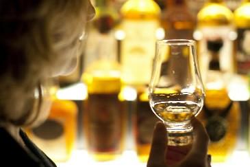 Les ameateurs de whisky pourront échanger leurs connaissances... (Photothèque La presse)