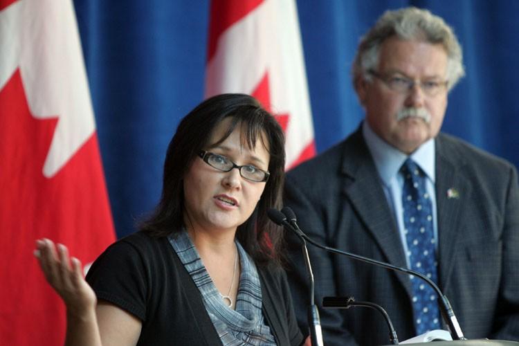 La ministre fédérale de la Santé, Leona Aglukkaq,... (Photo: PC)
