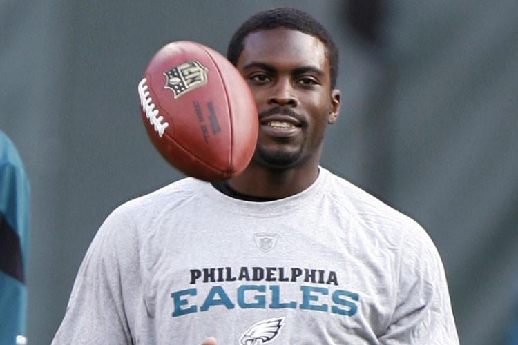 Michael Vick a voyagé avec les Eagles de Philadelphie en... (Photo: Reuters)