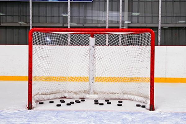 La situation du hockey mineur à Montréal ne fait pas sourire tout le monde,...