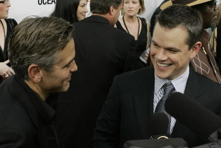 George Clooney et Matt Damon... (Photo:AP)