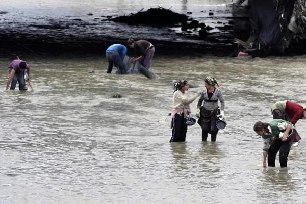 Le bilan des graves inondations qui ont frappé en début de semaine... (Photo: AP)