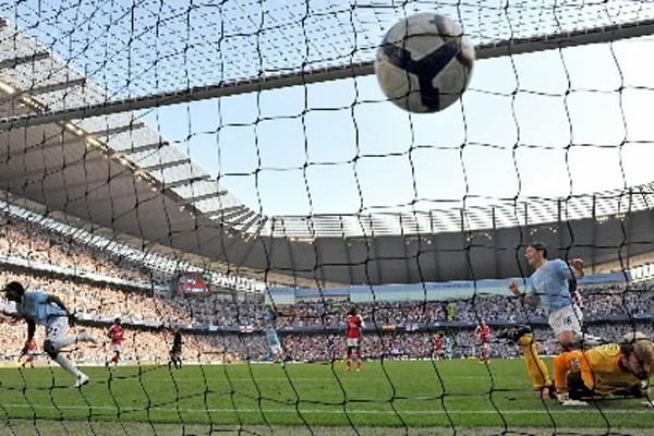 Le Manchester City a montré sa domination en... (Photo: AFP)