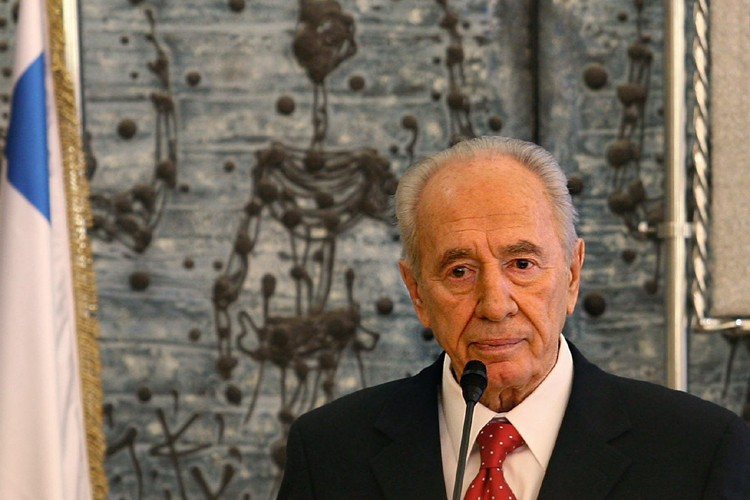 Shimon Peres... (Photo: AFP)